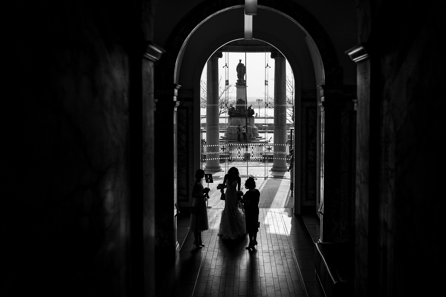 bride and her mum in the liver building
