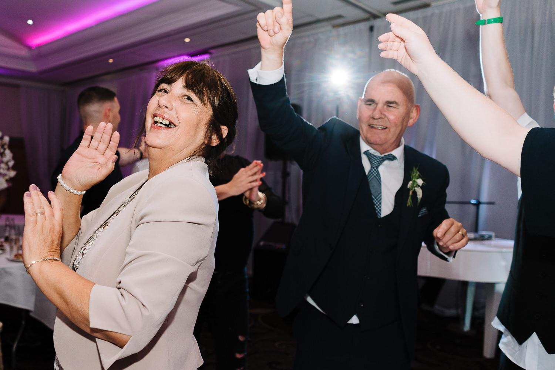 Grooms dad dancing