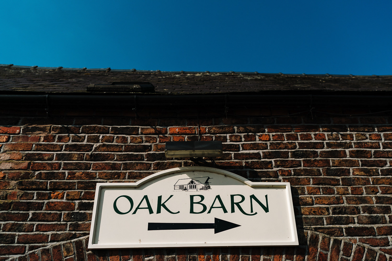 Sandhole Oak Barn sign