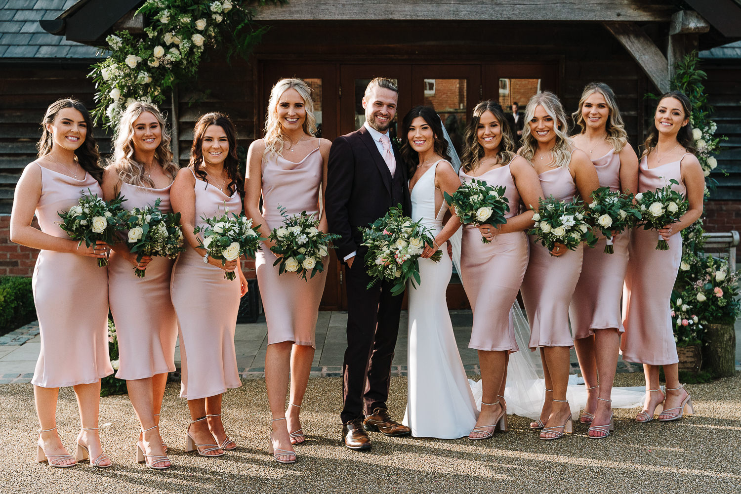 Group photo of the bridesmaids