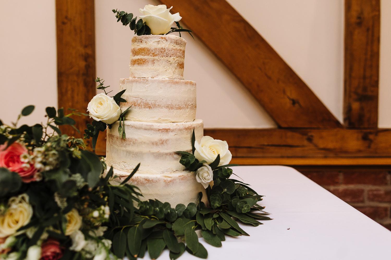 Photo of the wedding cake