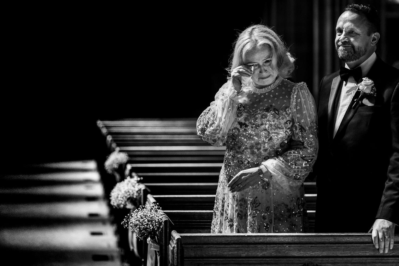 Brides mum crying church