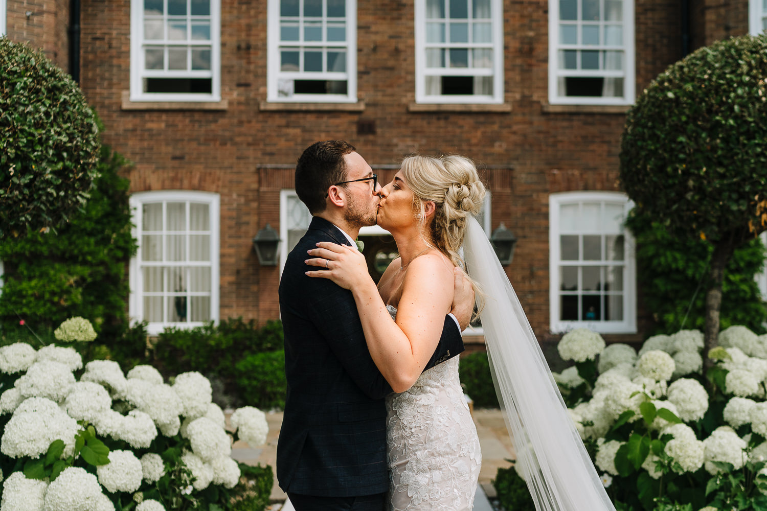 First kiss at Delamere Manor