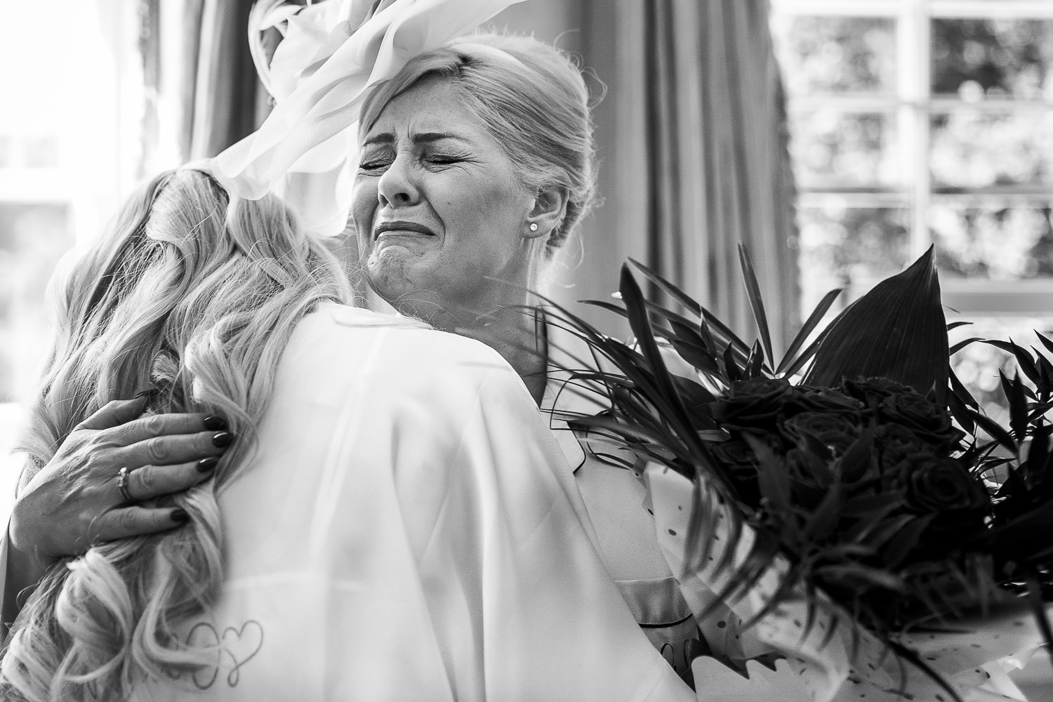 Mother of bride crying at Delamere Manor